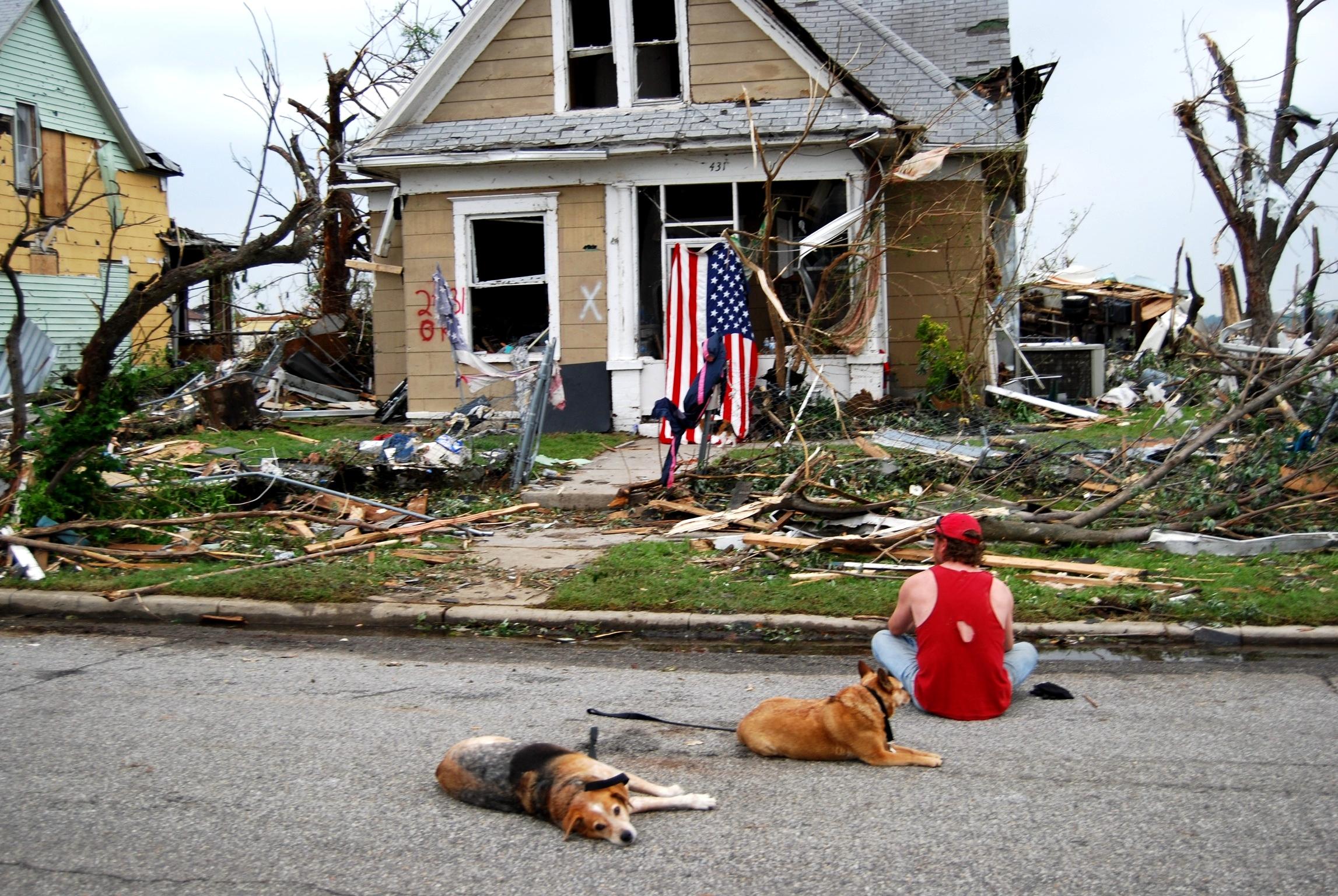tornado deaths per year - HD2294×1536